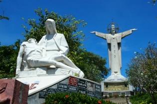 皇家加勒比國際遊輪~海洋航行者號 新加坡、越南(胡志明市、芽莊、順化/峴港、下龍灣)、香港 10天豪華郵輪假期(RASRH10)