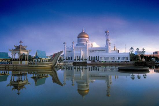 奧瑪阿里第28任國王清真寺(外觀)