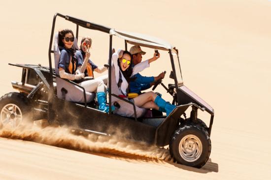 響沙灣沙漠衝浪車