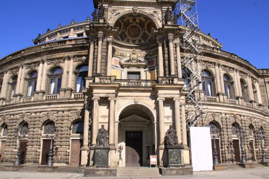 德累斯頓歌劇院