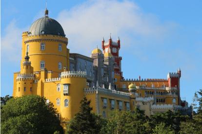 【稅項全包】葡萄牙(辛特拉佩納宮)、 西班牙(2大球會,2大皇宮,聖家族大教堂)12天皇牌團