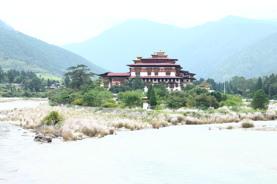 【稅項全包】【不丹】【1人可成行】 暢遊快樂國度走進喜馬拉雅山下迷人的「香格里拉」 8天深度遊