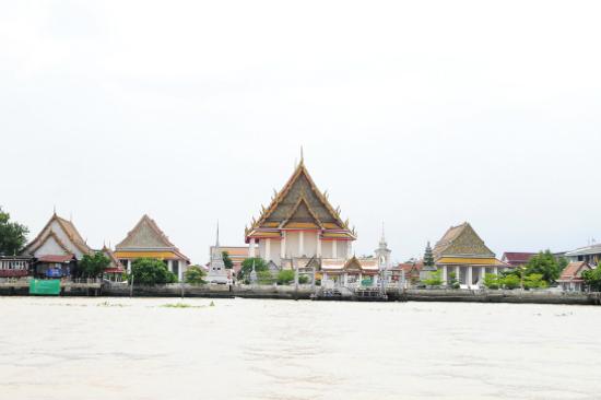 湄南河景致