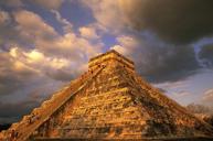 瑪雅遺跡:奇琴伊察