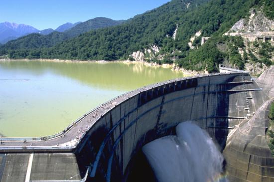 黑部大水壩