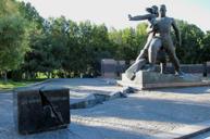 地震紀念碑