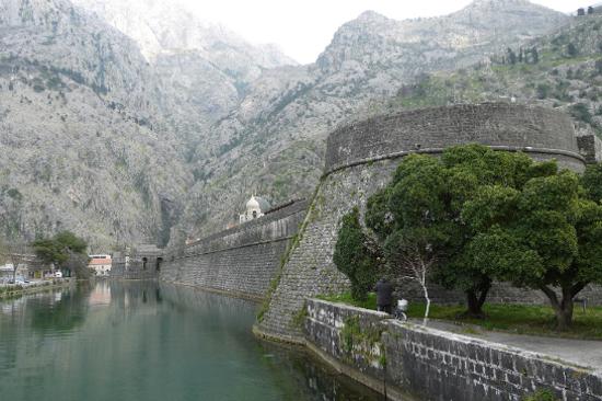 科托爾城牆
