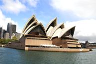 悉尼歌劇院安排入內參觀,專人導覽