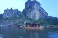 龍虎山(包遊覽蘆溪河及觀賞懸棺表演)