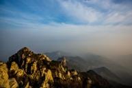 《世界文化及自然遺產》中國五嶽之首。泰山