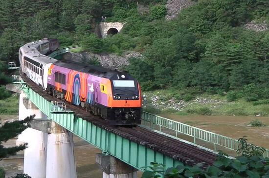 旌善阿里郎A-Train火車2