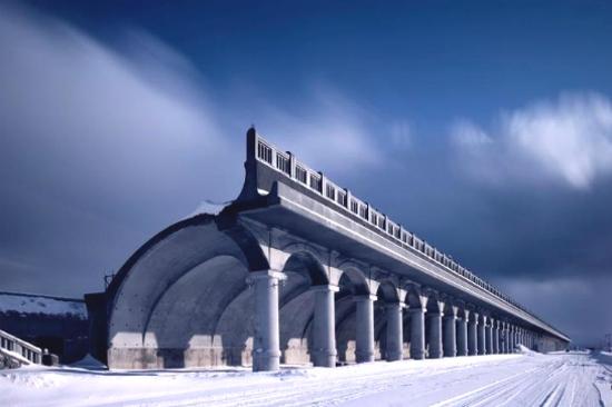 拱形北防堤