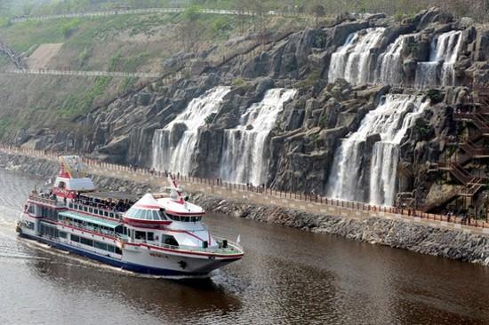 金浦ARA Waterway人工瀑布