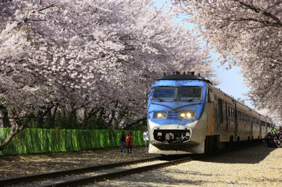鎮海慶和火車站