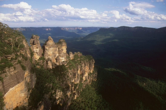 藍山三姊妹峰