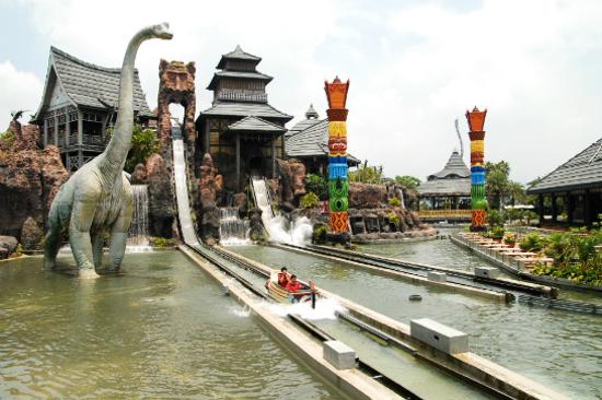 六福村主題公園