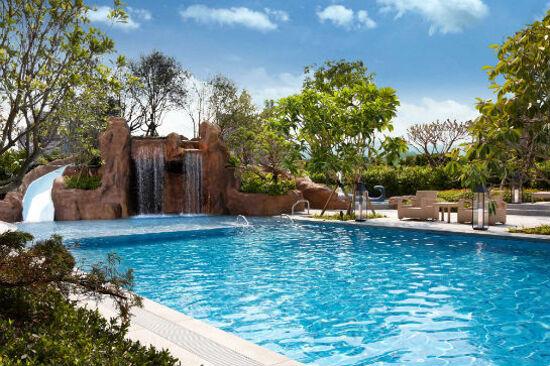 寒沐酒店泳池