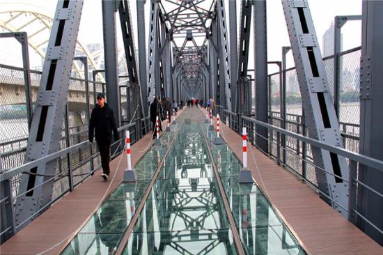 百年中東鐵路橋