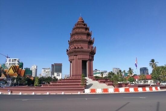 金邊獨立紀念碑