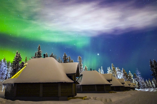 Glass-Roof Aurora Cabins(From Official)2