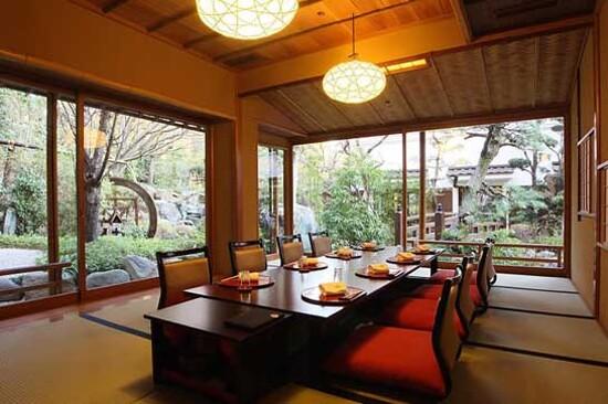 東京.芝豆腐料理