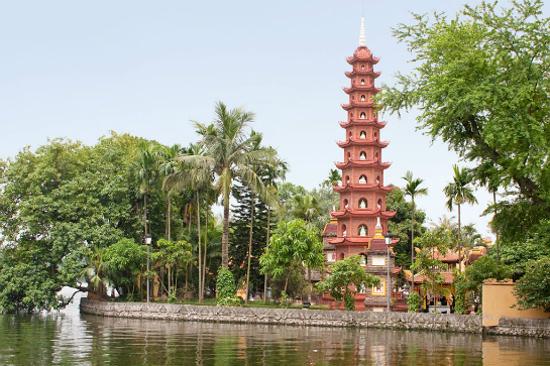西湖鎮國寺