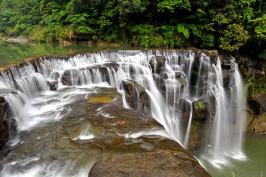 台北 十分瀑布