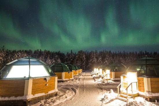玻璃圓頂酒店(Arctic Snow Glass Igloos Hotel)