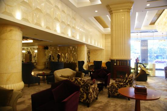 佛山皇冠假日酒店