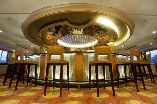 世紀鑽石號酒吧