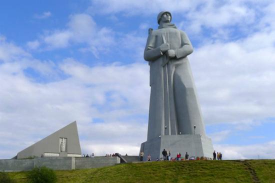 阿廖沙紀念碑