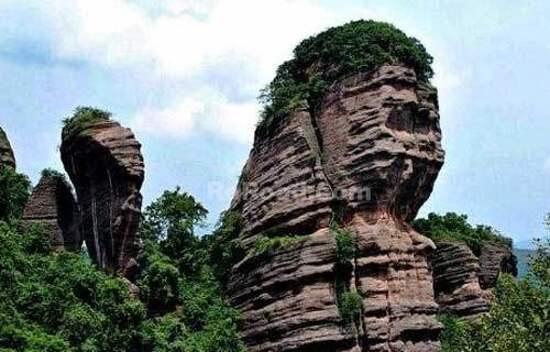 「獅子岩」