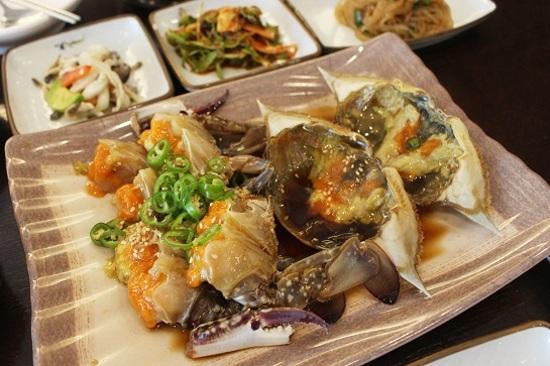 Kkotji醬蟹料理