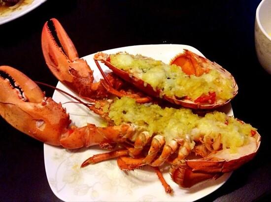 酒店海鮮自助晚餐