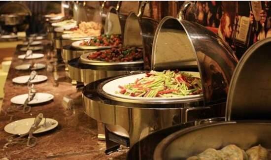 酒店豐富自助餐