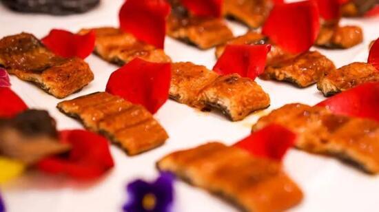 玫瑰花香鰻魚宴