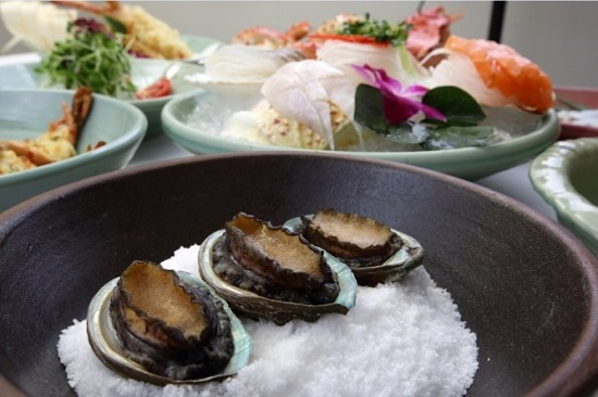 【MooHwaJam名蟹料理】清蒸鮑魚