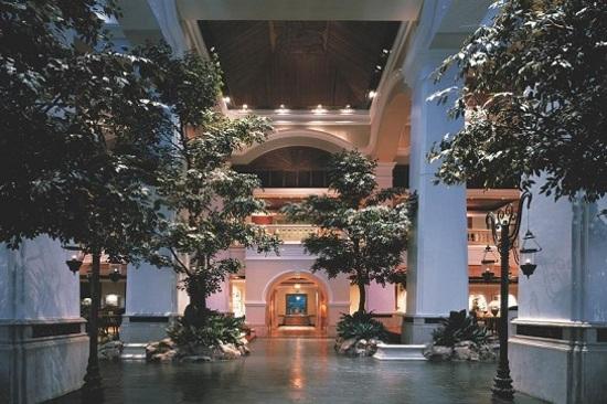 Grand Hyatt Erawan Bangkok (Lobby)