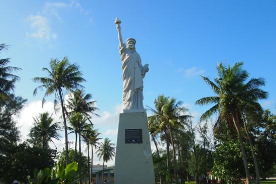 關島自由女神像