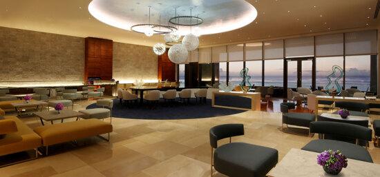 Dusit Thani Guam Resort - Lobby