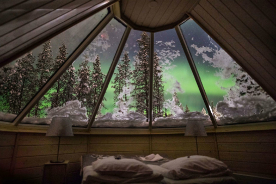 Glass-Roof Aurora Cabins 2