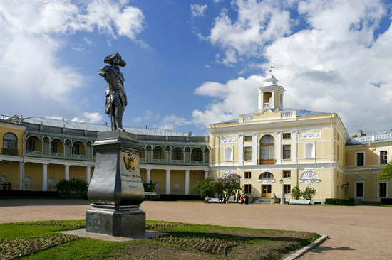 巴甫洛夫斯克皇宮