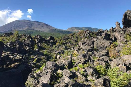 鬼押出園火山岩奇景