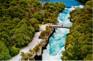 湖卡瀑布2