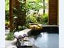 獨立花園溫泉池客房