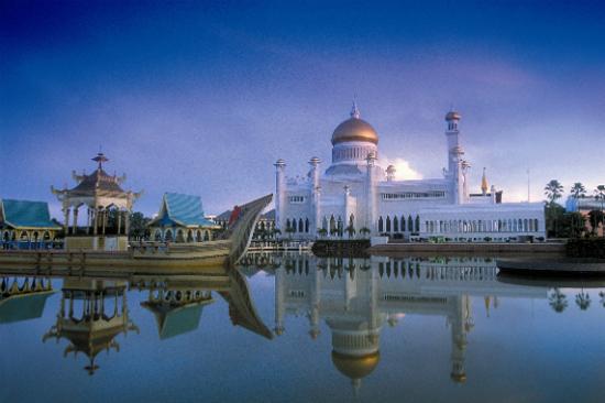 奧瑪阿里28任國王清真寺