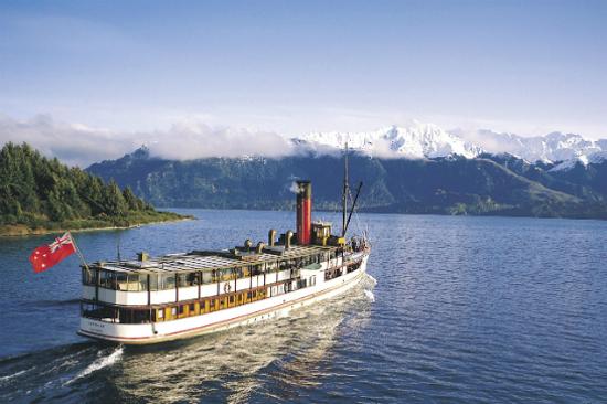 厄恩斯勞號古董蒸汽船3