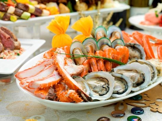 豐富海鮮自助晚餐