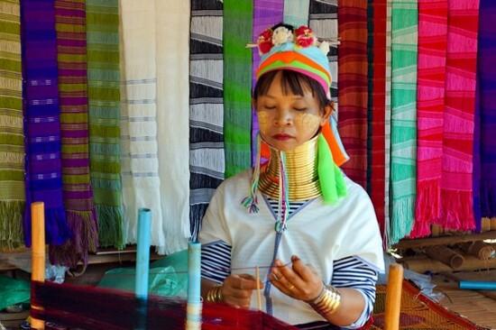 芭堤雅長頸族文化村