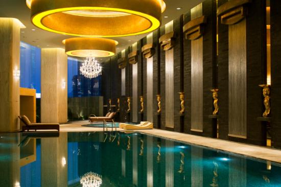 廣州海航威斯汀酒店-室內游泳池